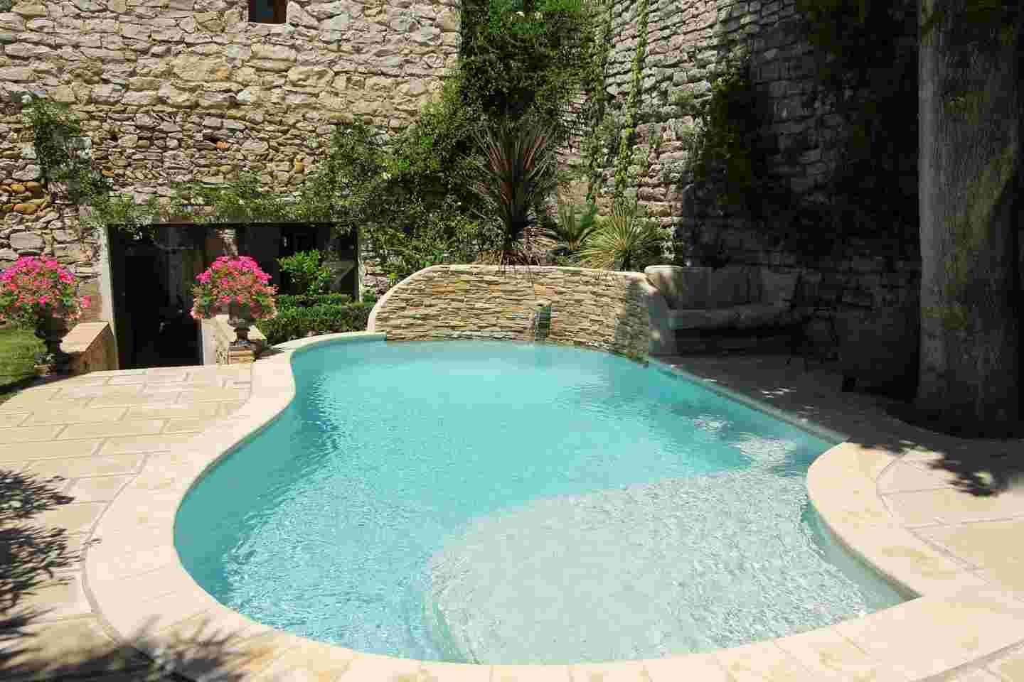 Your private pool diffazur swimming pools for Petites piscines
