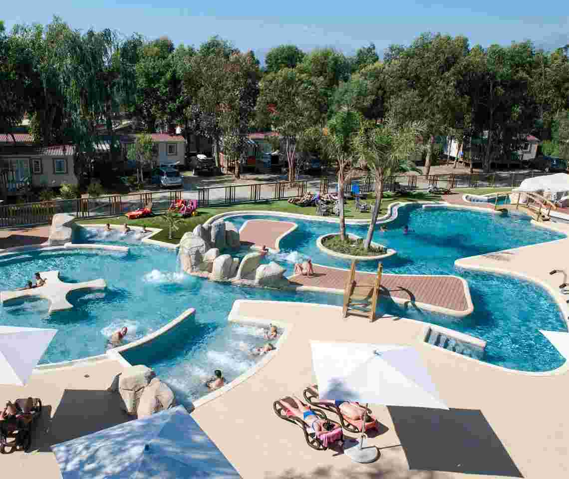 Piscines collectives campings diffazur piscines - Camping lac aiguebelette avec piscine ...