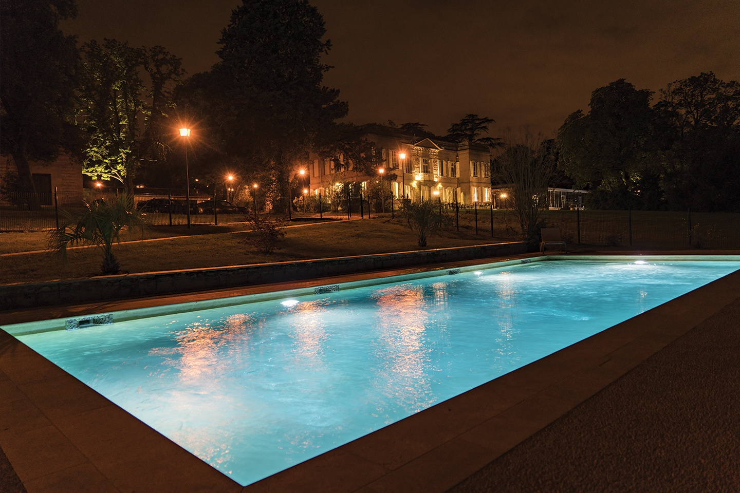 piscine-de-nuit-Diffazur-2019-piscine-rectangle